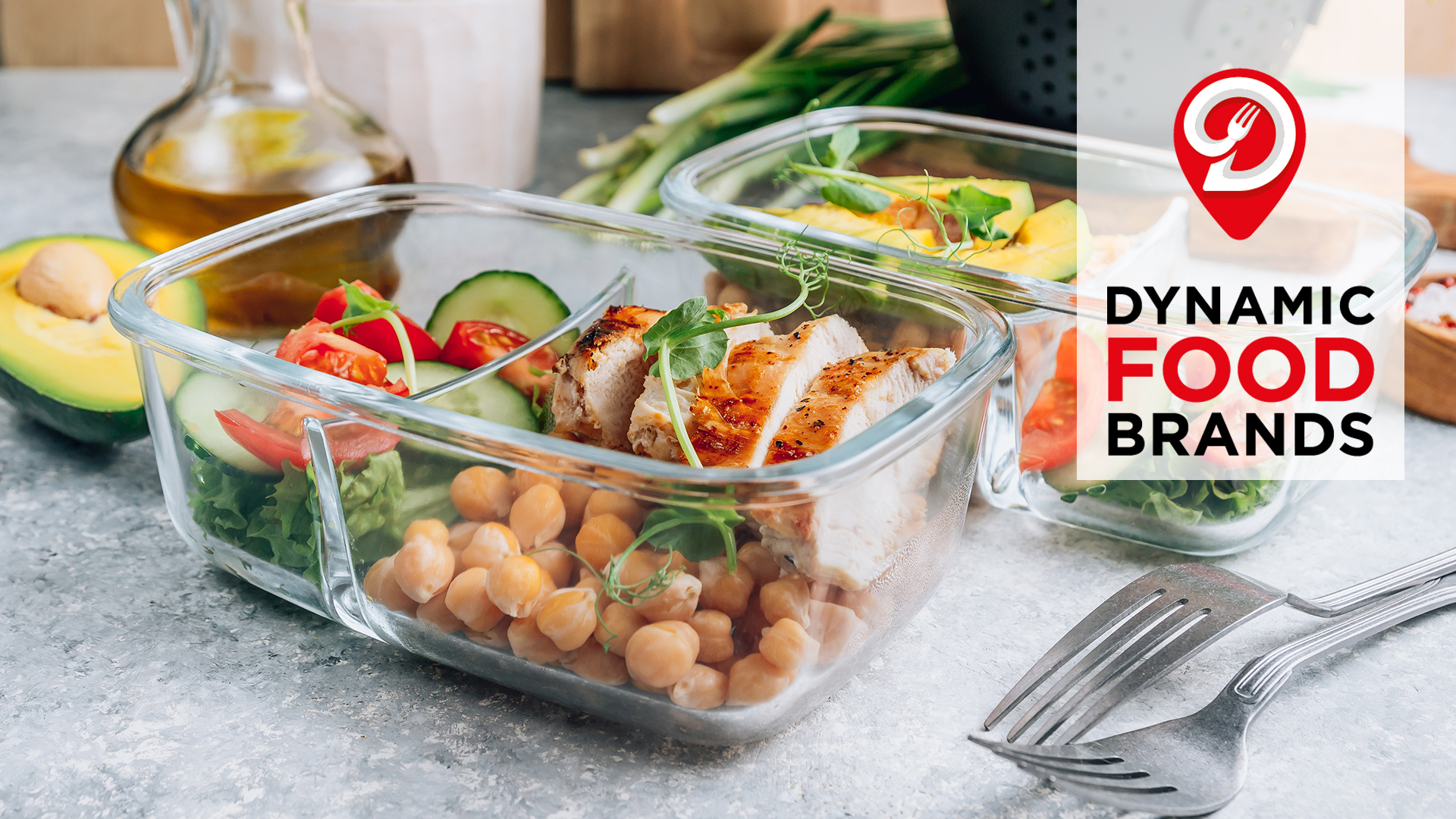 Healthy meal prep containers with chickpeas, chicken, tomatoes, cucumbers and avocados. Healthy lunch in glass containers on light gray background. Zero waste concept. Selective focus.